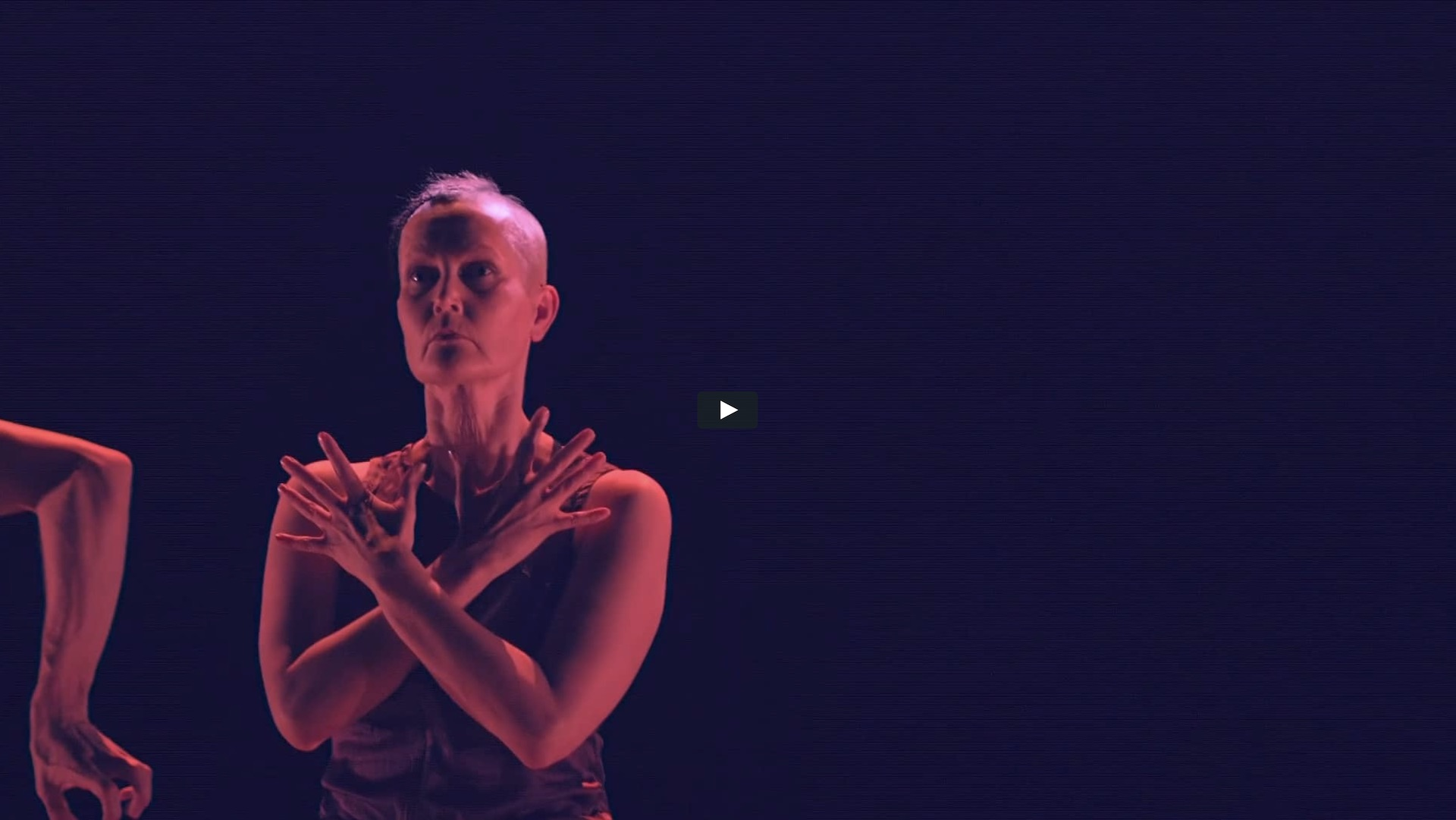 Follow choreographer and dancer Virpi Pahkinen during the rehearsals of Monolit Polygon.