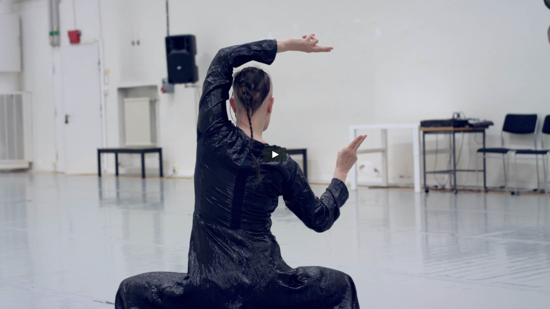 Follow Virpi Pahkinen in her work as a choreographer and dancer.
